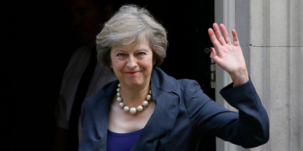 Theresa May vai dar início ao Brexit na próxima semana