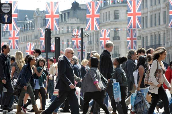 Minuto legal: pesquisa revela a importância dos imigrantes para a economia do Reino Unido